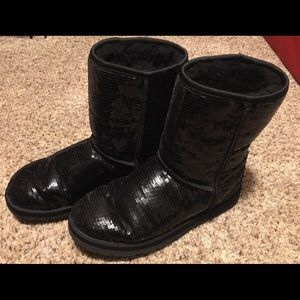 Women's UGG sparkle boots!
